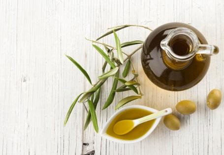 oliven l f rs herz die gesundheitliche wirkung von oliven l. Black Bedroom Furniture Sets. Home Design Ideas