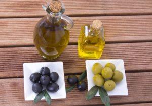Verschiedene Olivenölsorten im Test