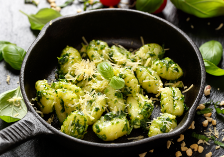 Gnocci mit grünem Pesto
