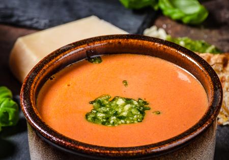 Selbstgemachtes Pesto für Suppe