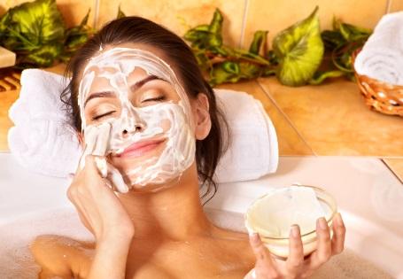 Natürliche Hautpflege mit Olivenöl
