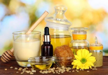 Gesichtsmasken mit Olivenöl