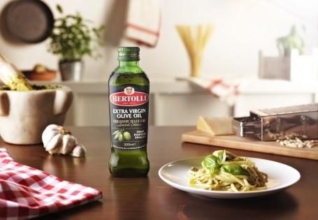Spaghetti mit Award prämierten Olivenöl