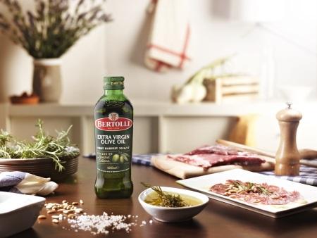 Mariniertes Fleisch mit Bertolli Olivenöl