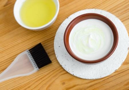 Gesichtspflege mit Olivenöl